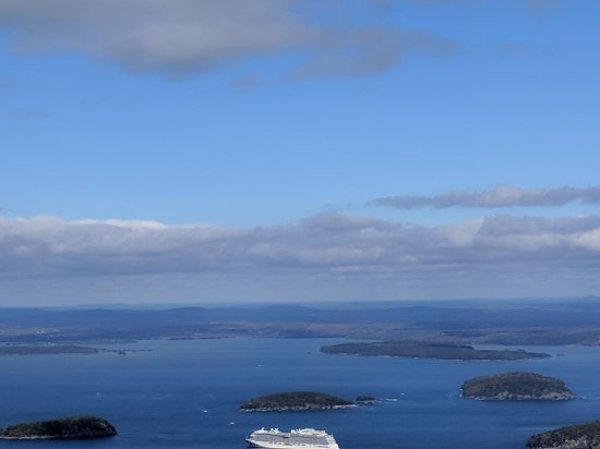 Oli's Trolley - Acadia National Park Tour: The view from Cadillac Mountain