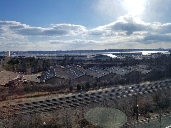 Renaissance Arlington Capital View Hotel: 20180202_094547_large.jpg