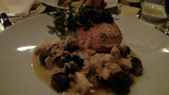 Berkeley Springs, WV: Duck & Halibet