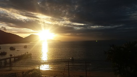 Enseada do Bananal Beach: 20180201_192647_large.jpg