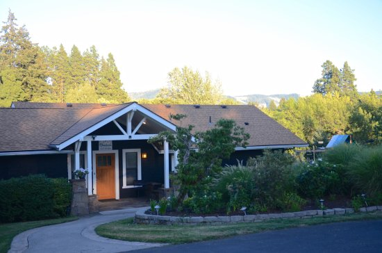 Brookside Bed & Breakfast: B&B rooms