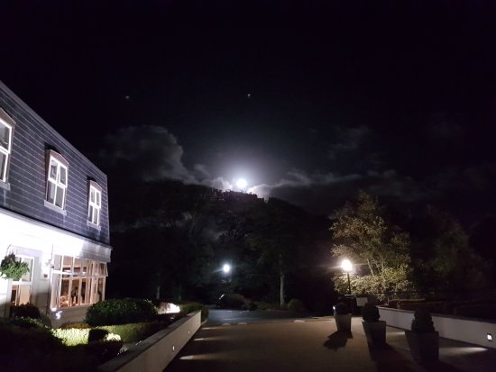 Ballincar, Irlanda: Full moon from the front patio