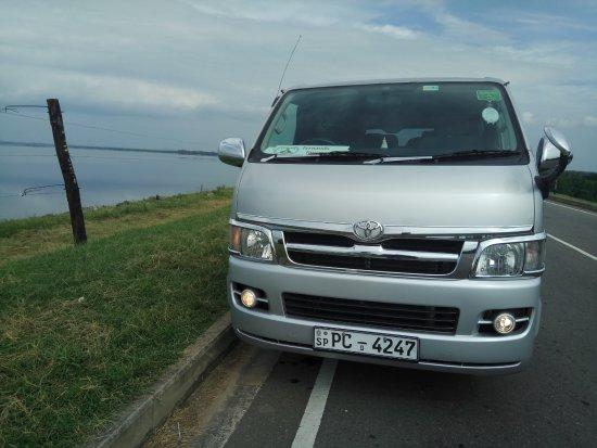 Negombo, Sri Lanka: Fernando Tours
