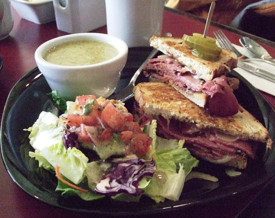 Renfrew, Canadá: Montreal Smoke Meat Sandwich