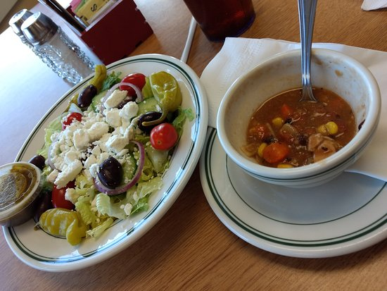Decatur, Индиана: Soup and salad