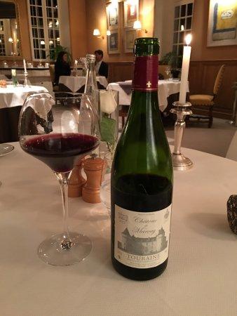 Marçay, France : Vinho produzido no Chateau