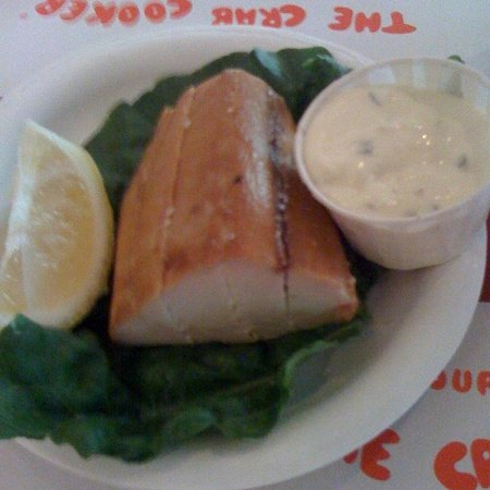 Crab Cooker Restaurant: Smoked Albacore with Signature Tarter Sauce
