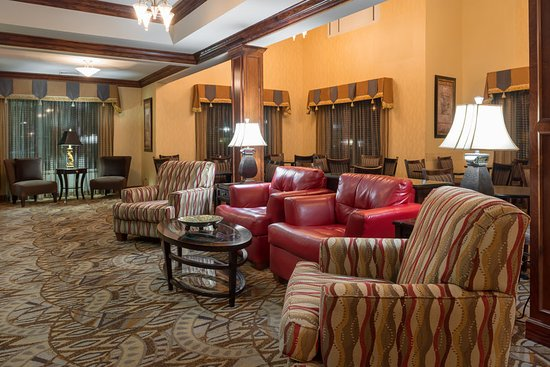Holiday Inn Express & Suites Lexington Dtwn Area-Keenland: Restaurant