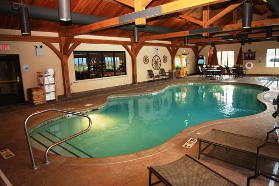 Donegal, PA: Pool