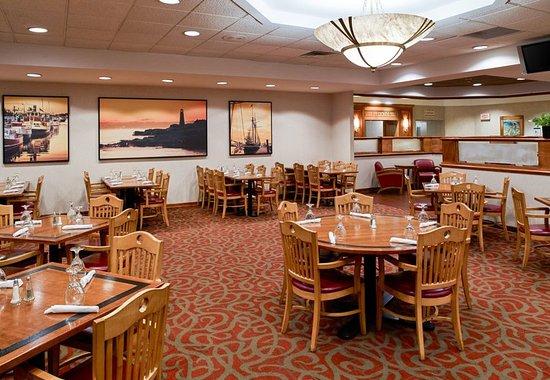 Clarion Hotel: Restaurant