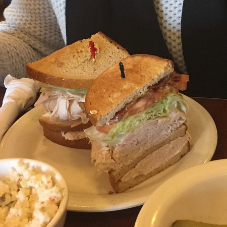 Livingston, NJ: Turkey Club