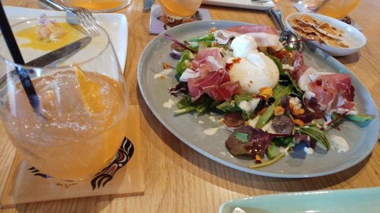2kw Gooey Cheese And Prosciutto Course And Mandarin Spritzer Drink Recommended