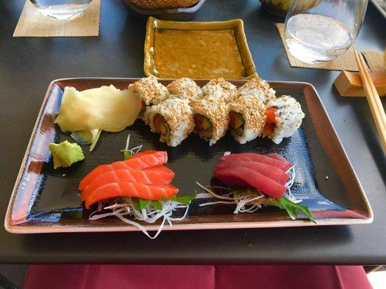Tokyo Grill: Maki and sashimi