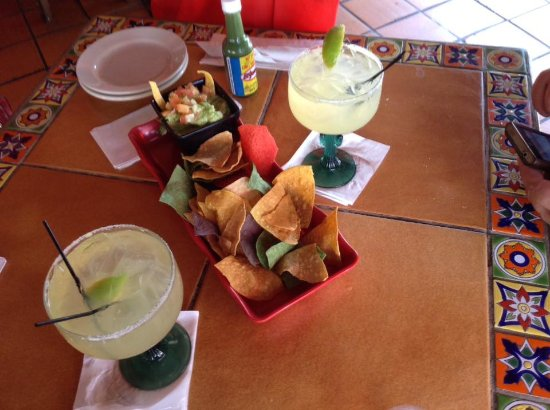 Lupi's Mexican Grill & Sports Cantina: Mid range sized Margaritas