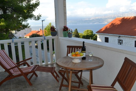Apartments Island of Brac - Villa Nela