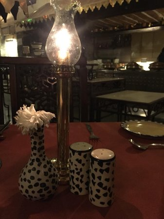Chowka at The Aodhi: The Restaurant Table :-)
