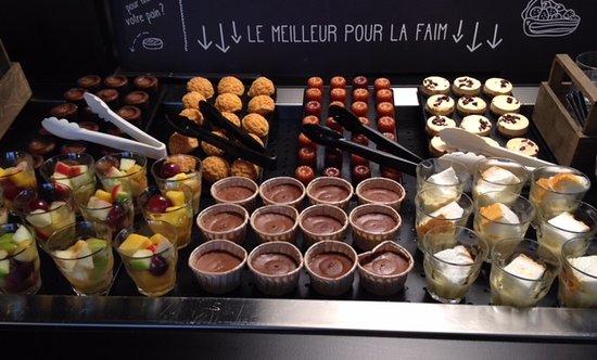 Seyssins, Γαλλία: Buffet des dessert