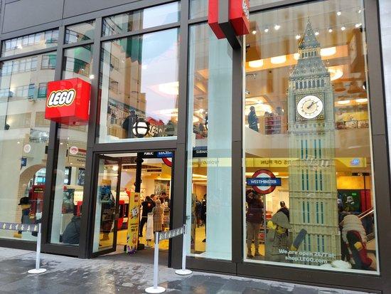 starwars - Picture of Lego Shop, London - TripAdvisor