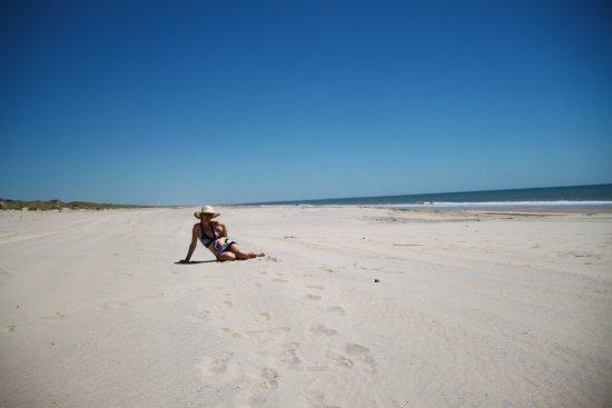 Almonte, Espanha: Endloser weißer Sandstrand südöstlich von Matalascanas