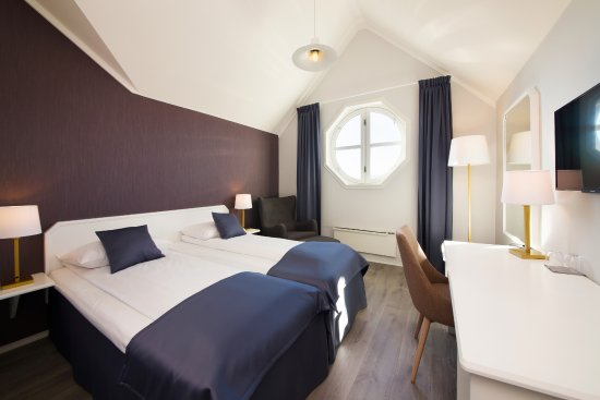 Clarion Collection Hotel Grand: Standard room, 4th floor with view