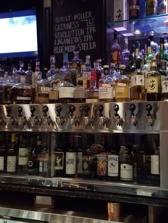 Tavern On Clark Restaurant Rockford Il
