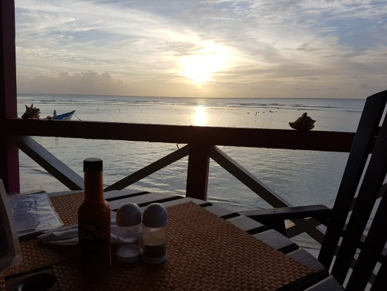 Tobago Paradise Travel and Grill: Sunset