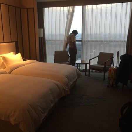 Baoyan Business Hotel: photo1.jpg