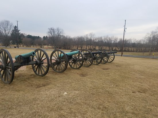 Sharpsburg, MD: Comparison of cannon used during the battle