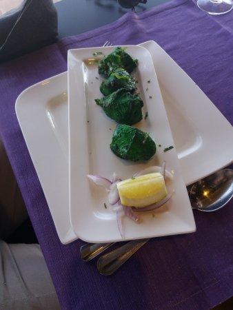 Bombay Babu La Tejita: Chicken with mint