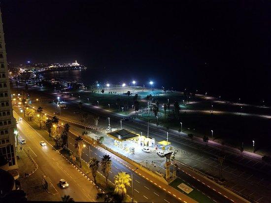Dan Panorama Tel Aviv: Nighttime view of the Mediterranean Sea.