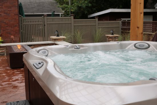 Hart, MI: Jacuzzi brand hot tub and custom fire pit