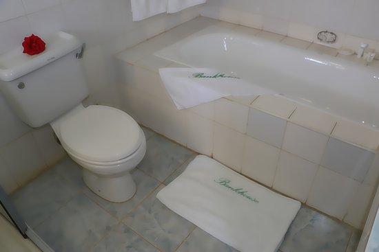 Vasca Da Bagno Karen : Vasca da bagno trento arredamenti roma vasca da bagno angolare