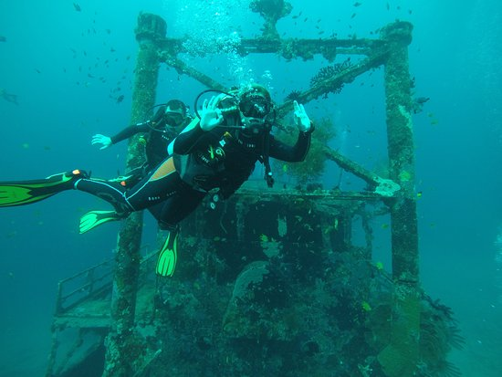 WaterColors Boracay Dive Resort: Wreckdive :) ok