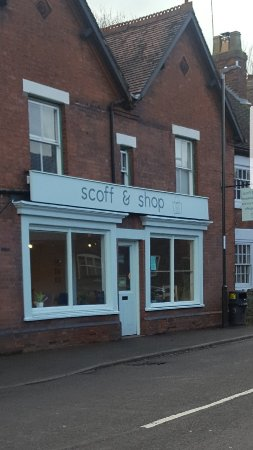 Ticknall, UK: Scoff & Shop