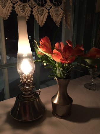 YE OLDE TAVERN: Fresh Flowers And Warm Glow Of An Oil Lamp Greets You At