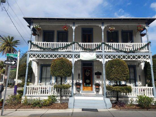 Carriage Way Bed & Breakfast Image