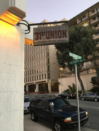 San Mateo, CA: Logo outside the restaurant