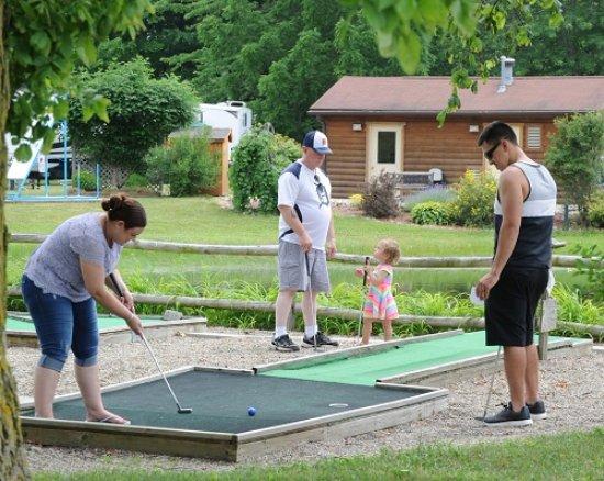 Free Mini Golf makes memorable family fun! ($1 souvenir
