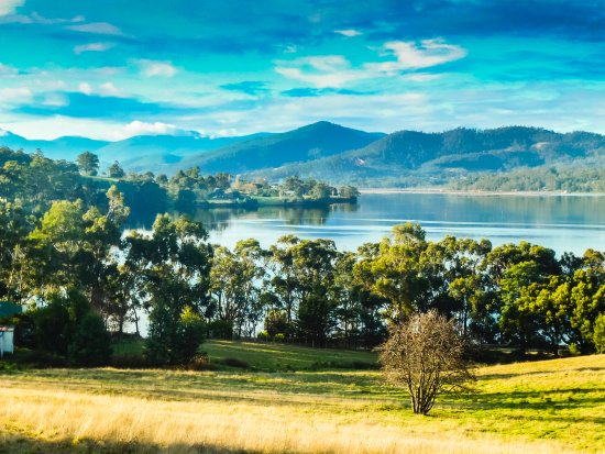 Castle Forbes Bay, Australia: View of the Huon River