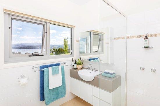Castle Forbes Bay, Austrália: En Suite bathroom