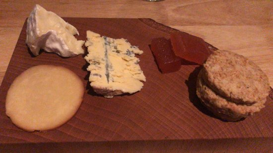East Coast Dining Room: Cheese Course