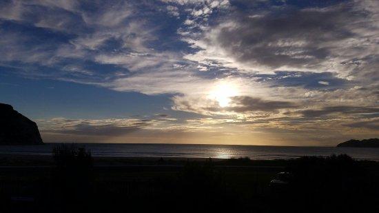 Mahia Beach, نيوزيلندا: 20180204_193318_large.jpg