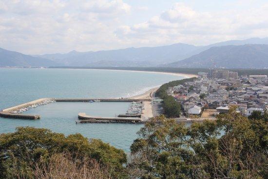 Nijino Matsubara: 高台から見た虹の松原の様子