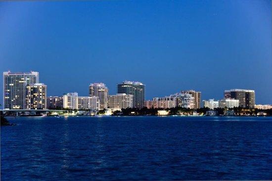 Bg Oleta River Outdoors North Miami Beach Skyline