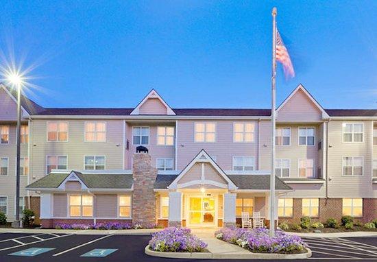 Residence Inn Boston Dedham : Exterior