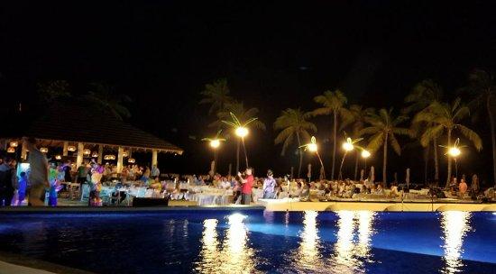 Cap Estate, เซนต์ลูเซีย: Night entertainment