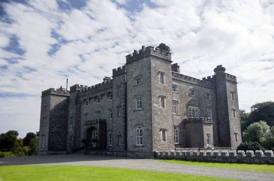 Castle & Curiosities of the Boyne Valley