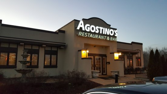 Fairview Heights, IL: Front of restaurant from parking lot