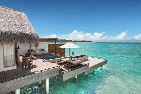Paradise Island Review Of Fairmont Maldives Sirru Fen Fushi