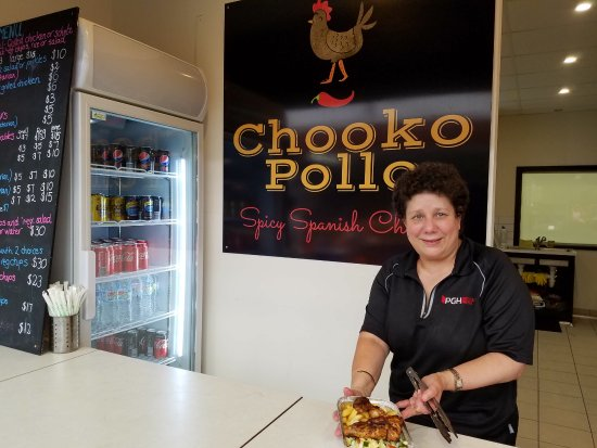 Darebin, Australia: Owner Sophie at Chooko Pollo and some of her amazing chicken with chorizo rice and fresh salad.